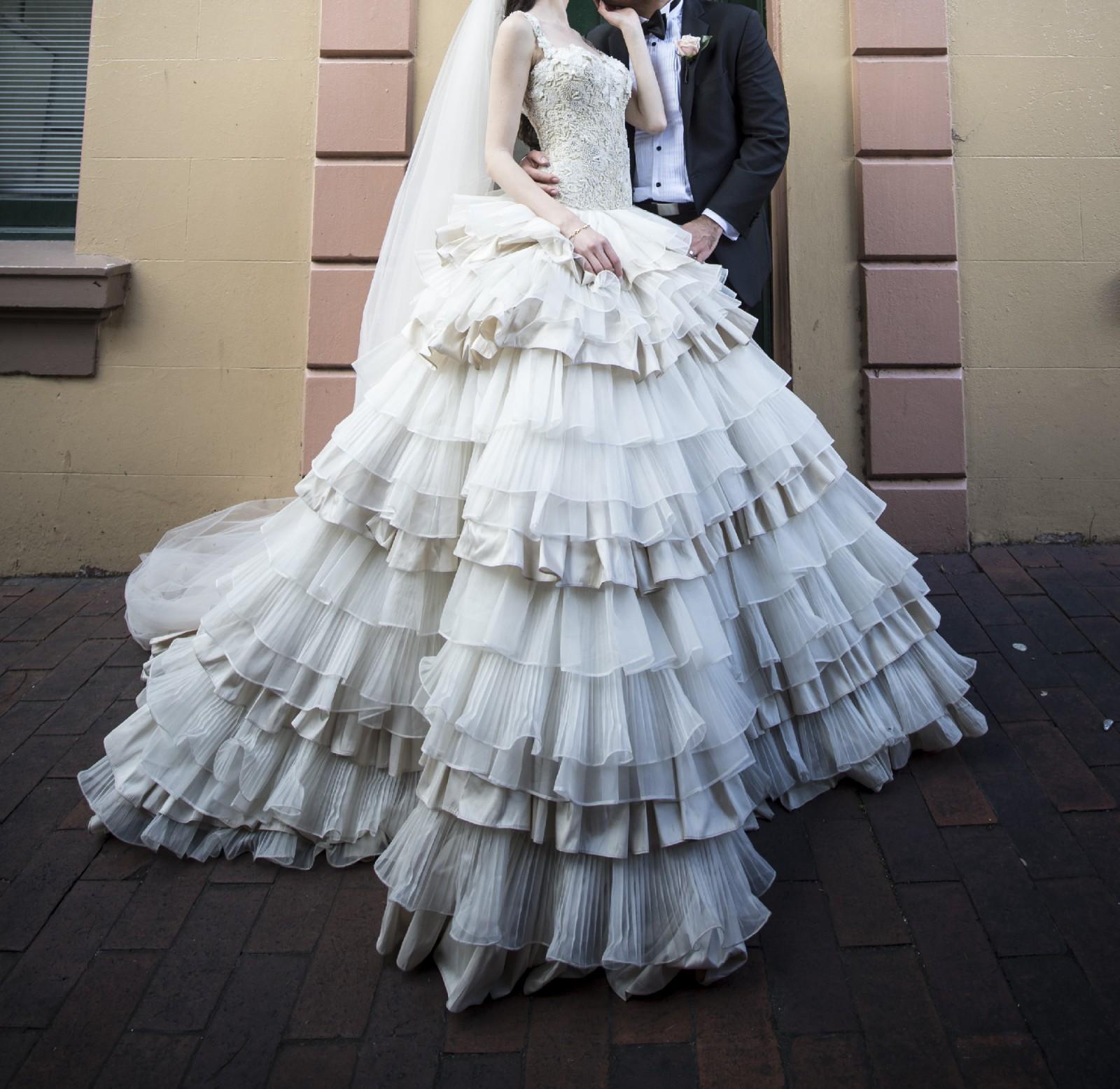 Suzanna blazevic preowned wedding dress on sale 81 off for Suzanna blazevic wedding dresses
