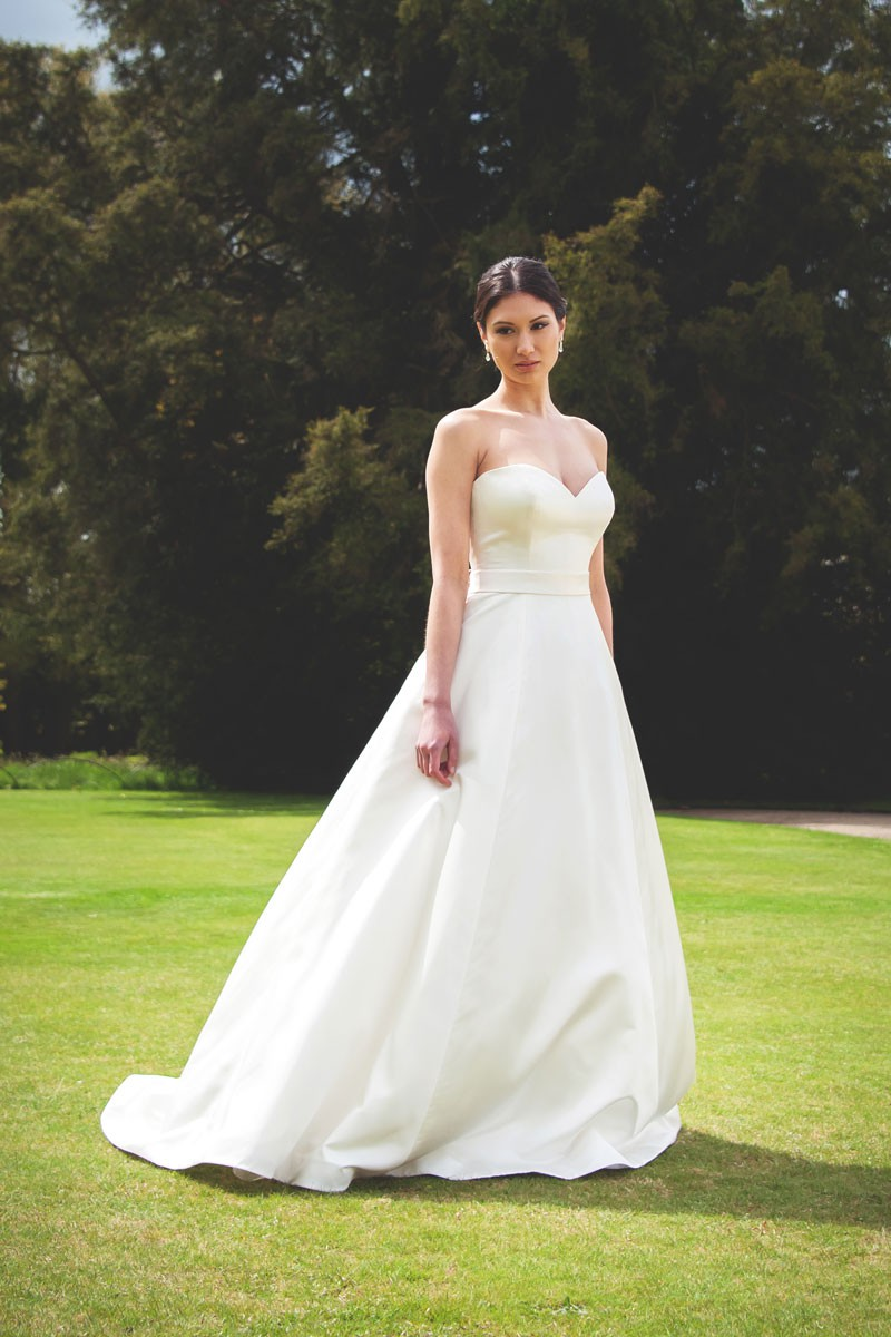 Augusta Jones Anna Preowned Wedding Dress On Sale 69 Off