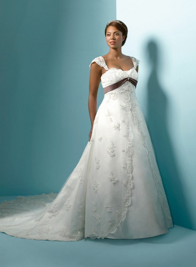 Alfred Angelo 1719 Preowned Wedding Dress On Sale 41 Off