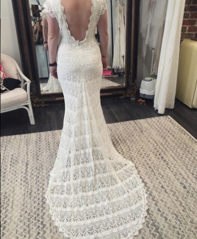 Daughters Of Simone Lilah Gown Preowned Wedding Dress On