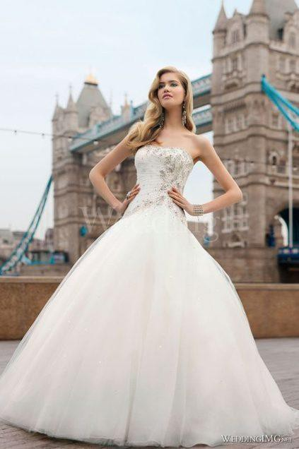 Ronald joyce doriana pre owned wedding dress on sale 79 off for Ronald joyce wedding dresses prices