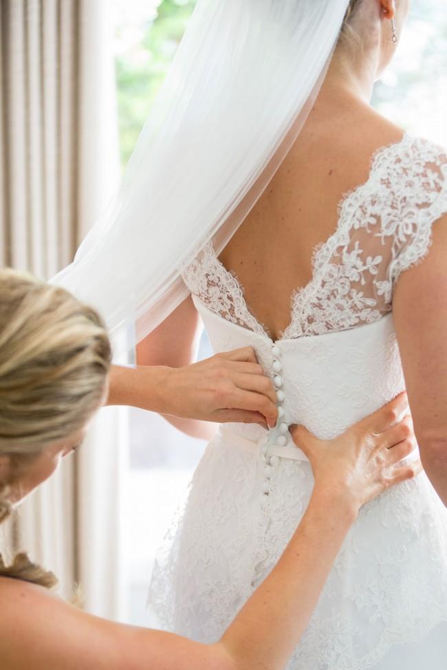 Suzanne neville sunrose second hand wedding dress on sale for Second hand wedding dresses london