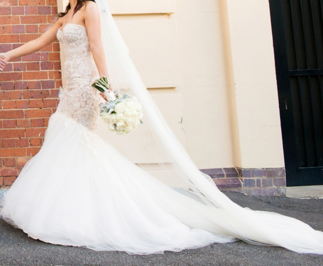 Leah da gloria second hand wedding dress on sale for Leah da gloria wedding dress cost