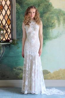 Claire pettibone wedding dresses on still white claire pettibone junglespirit Image collections