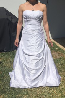 Cizzy Bridal - New
