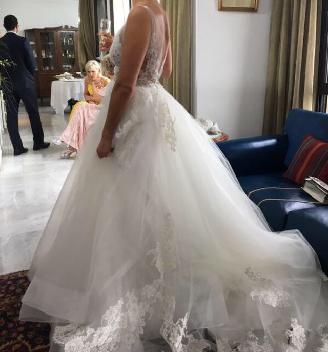 Lazaro 3607 second hand wedding dress on sale 55 off for Lazaro wedding dress uk