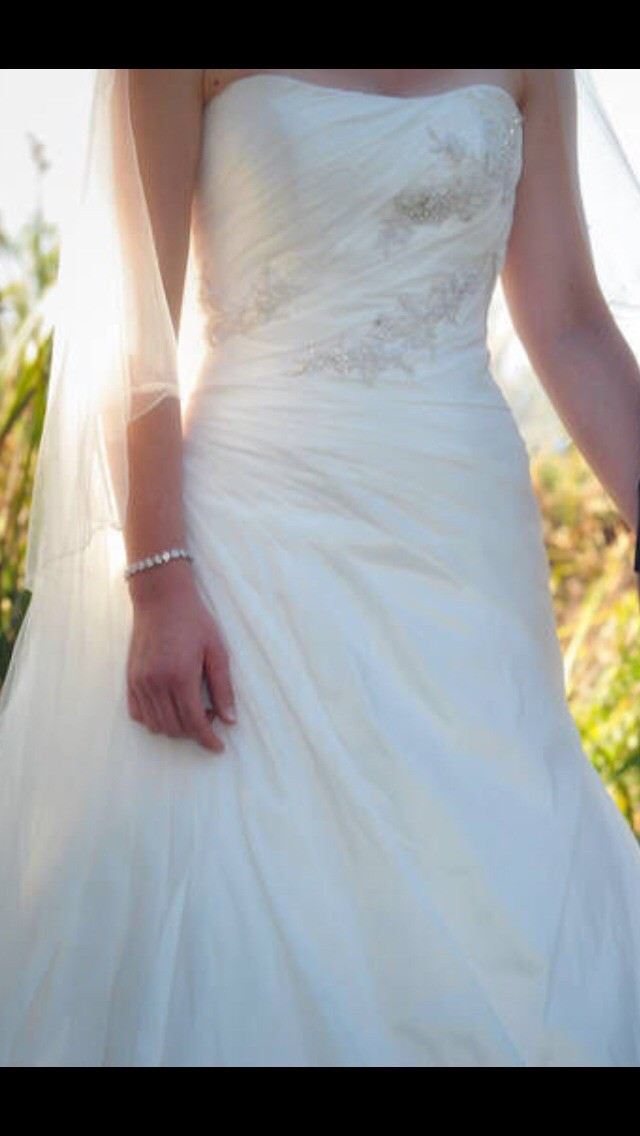 A-Line Pre-Owned Wedding Dress on Sale 81% Off