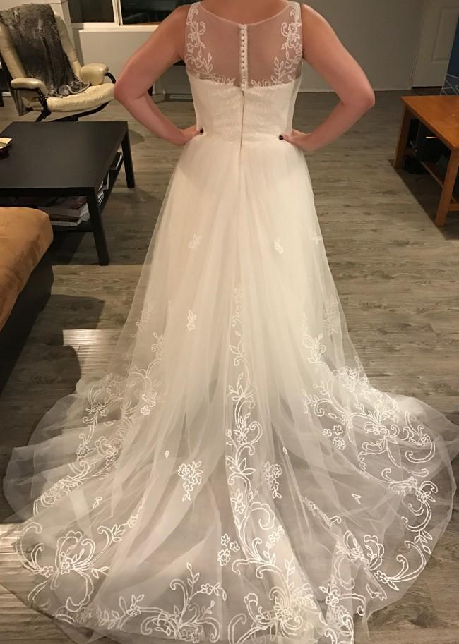 San patrick by pronovias usa sample wedding dress on sale for Wedding dress sample sale san francisco