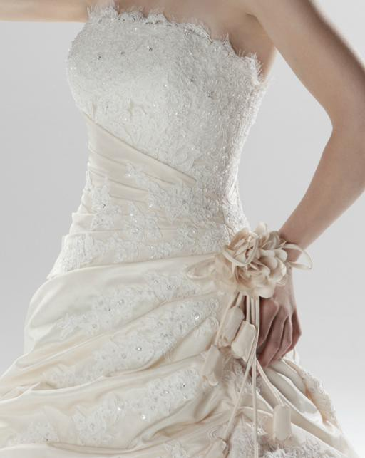 Stunning Princess And The Frog Wedding Dress Photos - Styles & Ideas ...