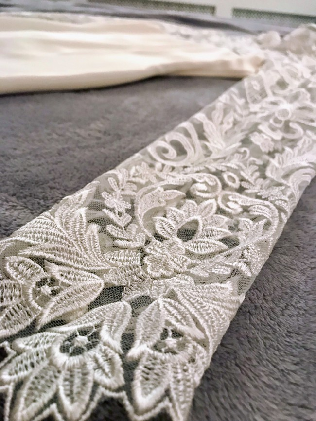 Christian Siriano, Lace column gown