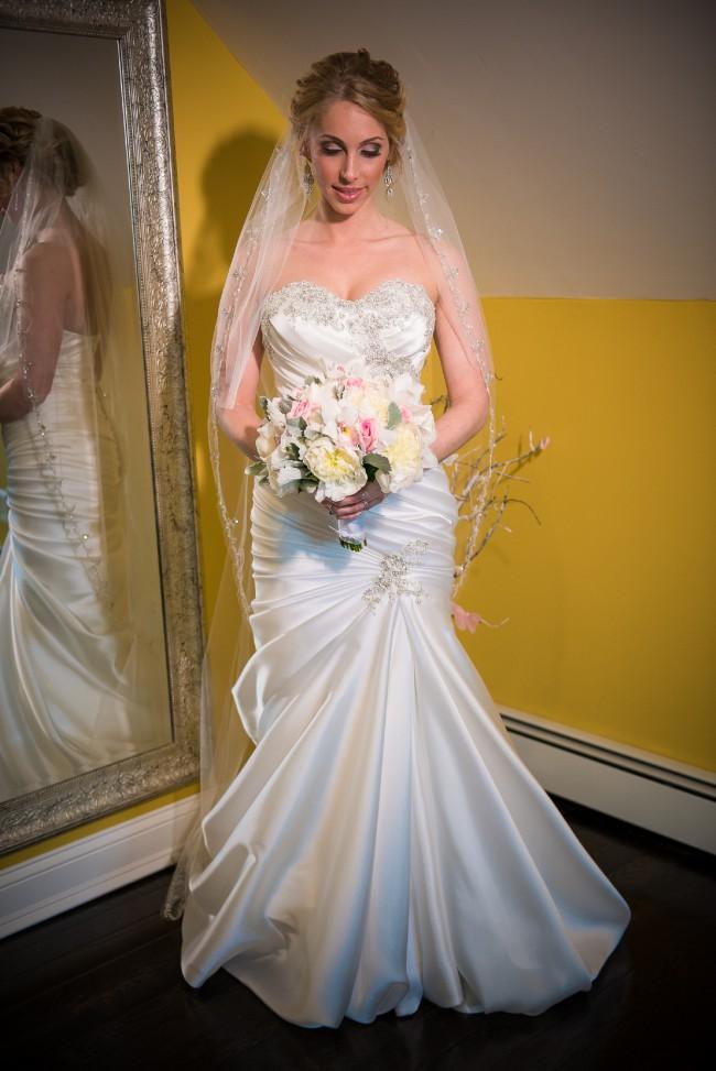 Pnina tornai 4300 second hand wedding dress on sale 62 off for Pnina tornai wedding dress cost