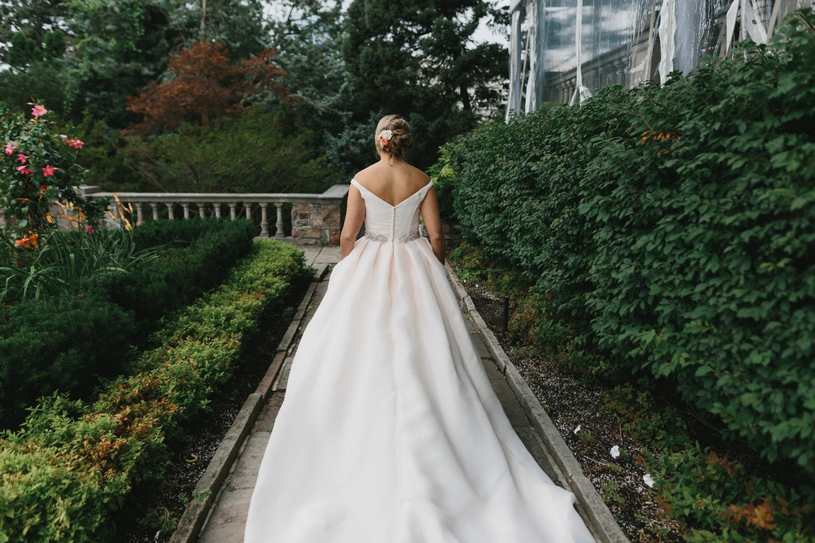 Cheap Wedding Gowns Toronto: Used Wedding Dresses