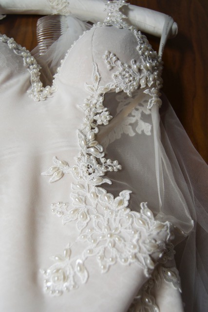 Nurit Hen Carrie Used Wedding Dress On Sale 76 Off