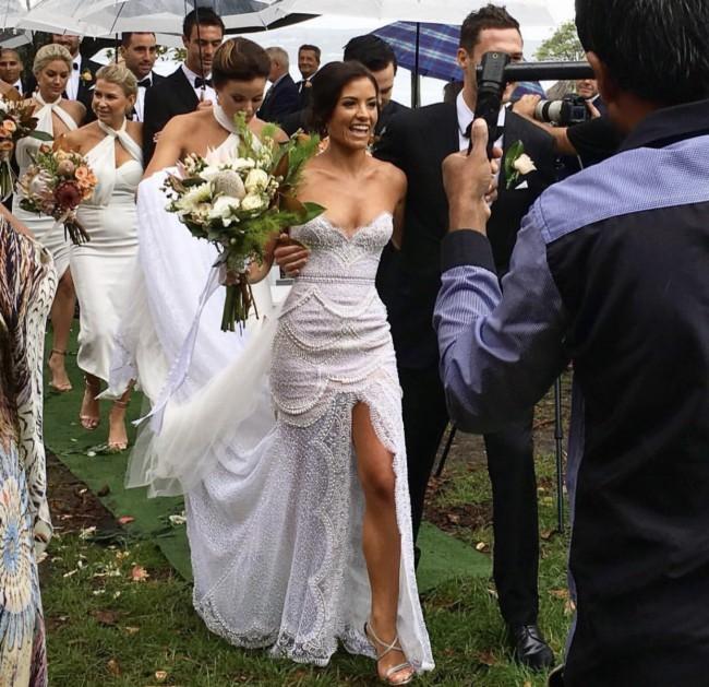 J\'aton Preowned Wedding Dress on Sale 32% Off - Stillwhite Australia