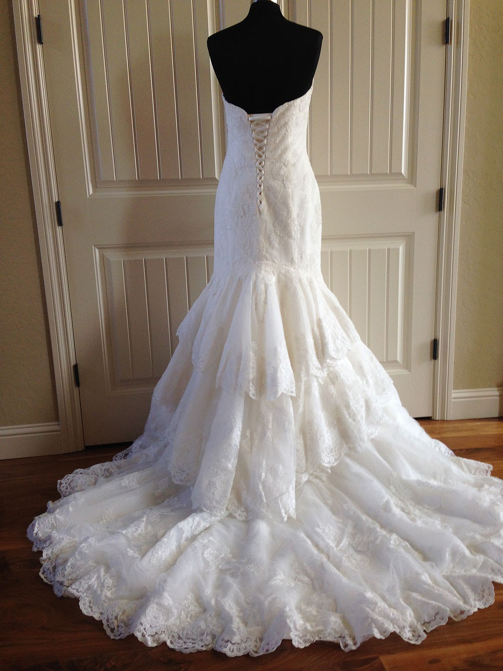 Maggie sottero larissa second hand wedding dress on sale for Second hand wedding dresses for sale