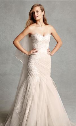 Monique Lhuillier BL1516 Wedding Dress on Sale 39% Off