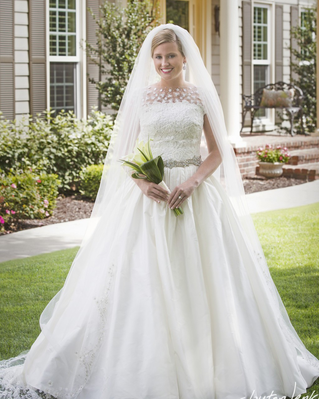Oscar Dela Renta Wedding Gown: Oscar De La Renta Ella Second Hand Wedding Dress On Sale