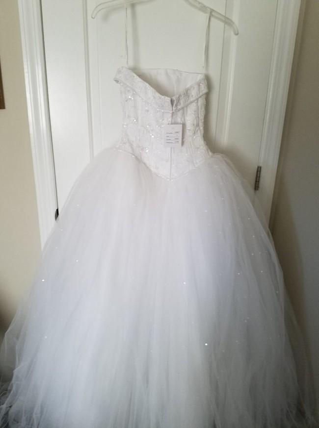 David's Bridal, NT8017WHITE