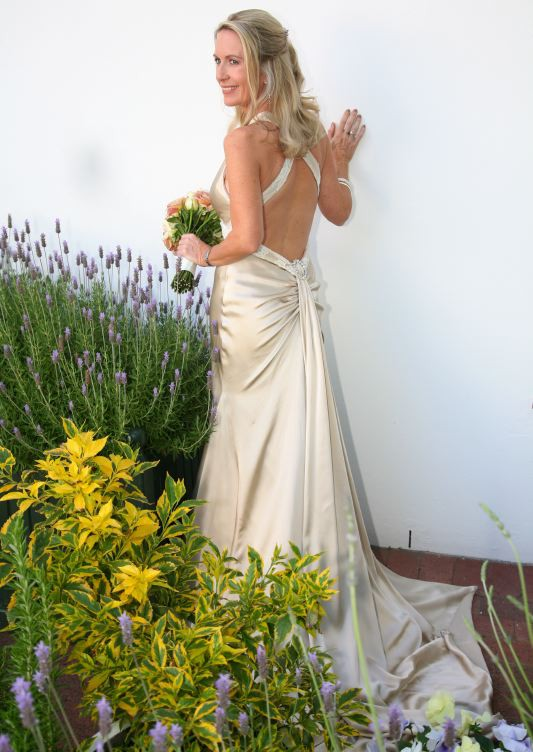 Amy michelson white orchid second hand wedding dress on sale amy michelson white orchid junglespirit Image collections