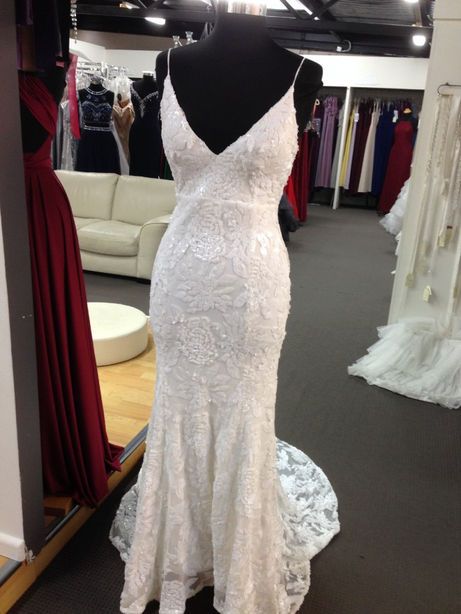 Erin Clare Couture, Ashley Gown- no split
