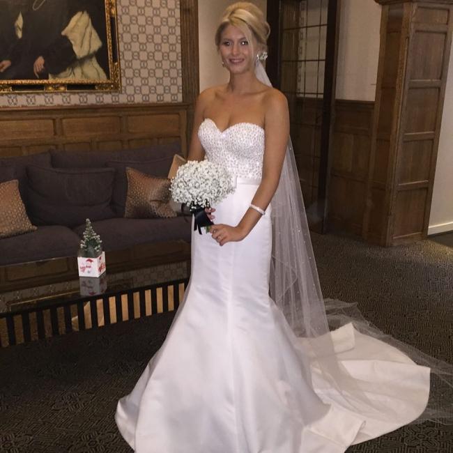 Intuzuri Atlanta Preowned Wedding Dress On Sale 67 Off