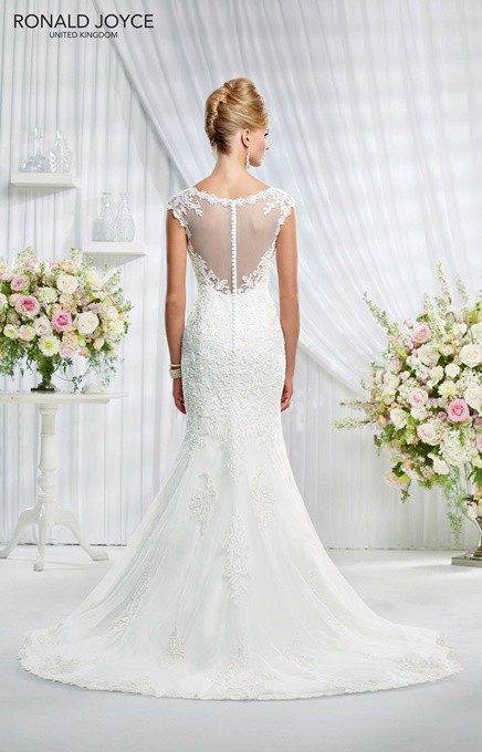 Ronald joyce second hand wedding dresses stillwhite for Ronald joyce wedding dresses prices