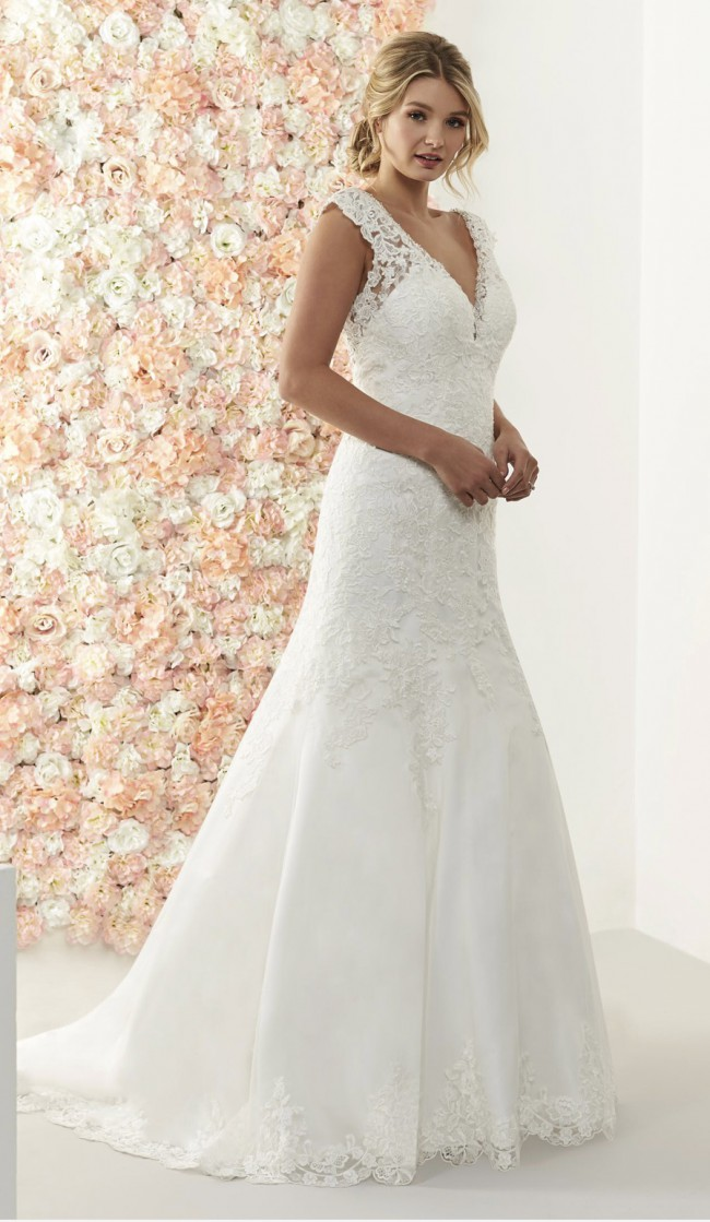 Romantica Of Devon Miranda New Wedding Dress On Sale 73 Off