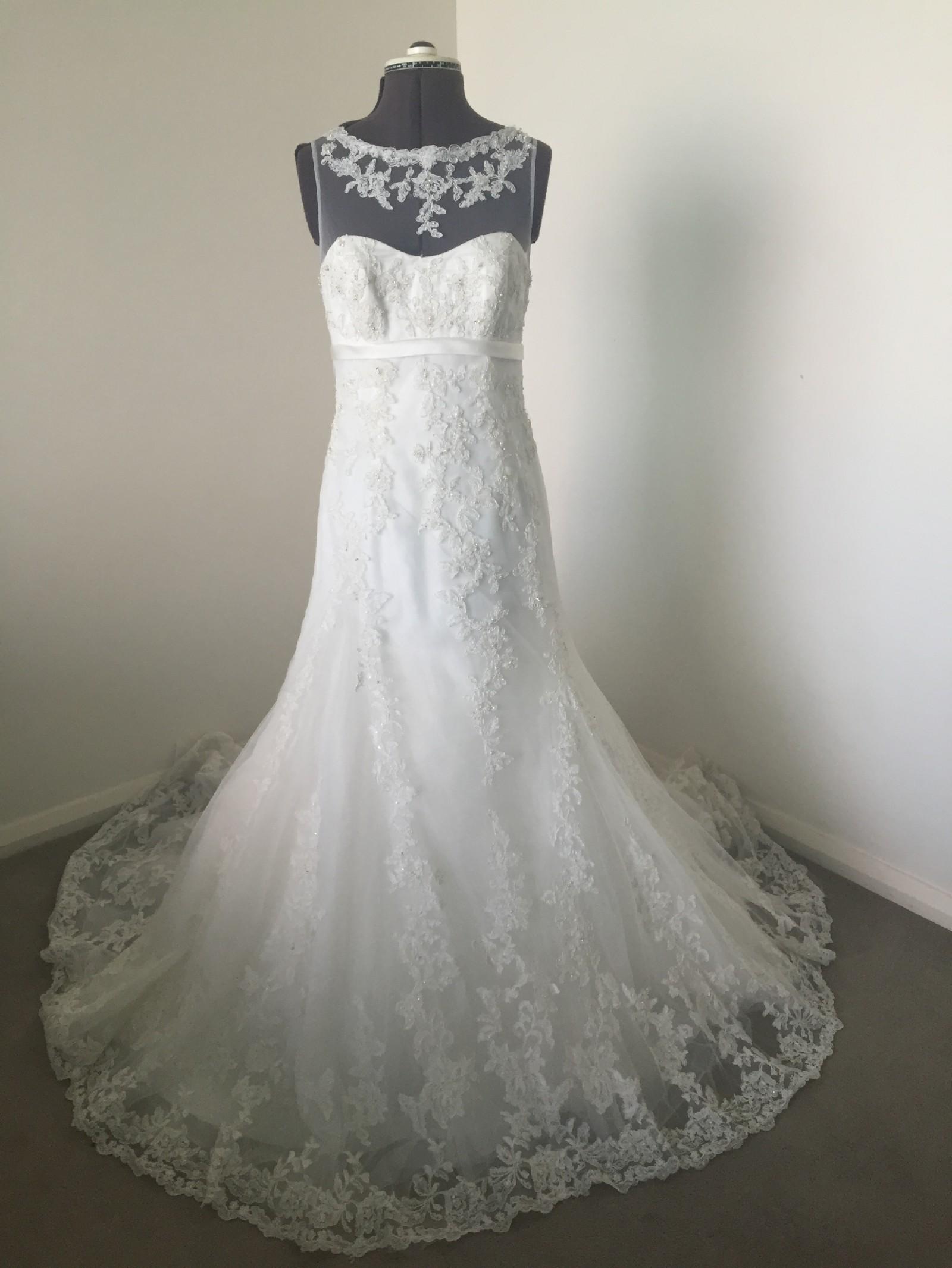 Used wedding dresses under 500 : Alfred angelo wedding dress on sale