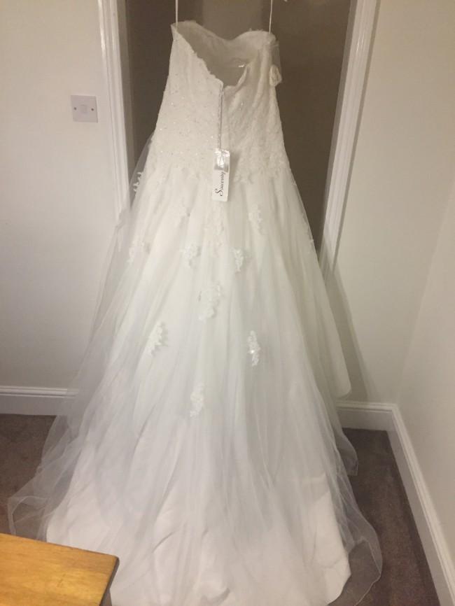 Sincerity Bridal, 3906PS