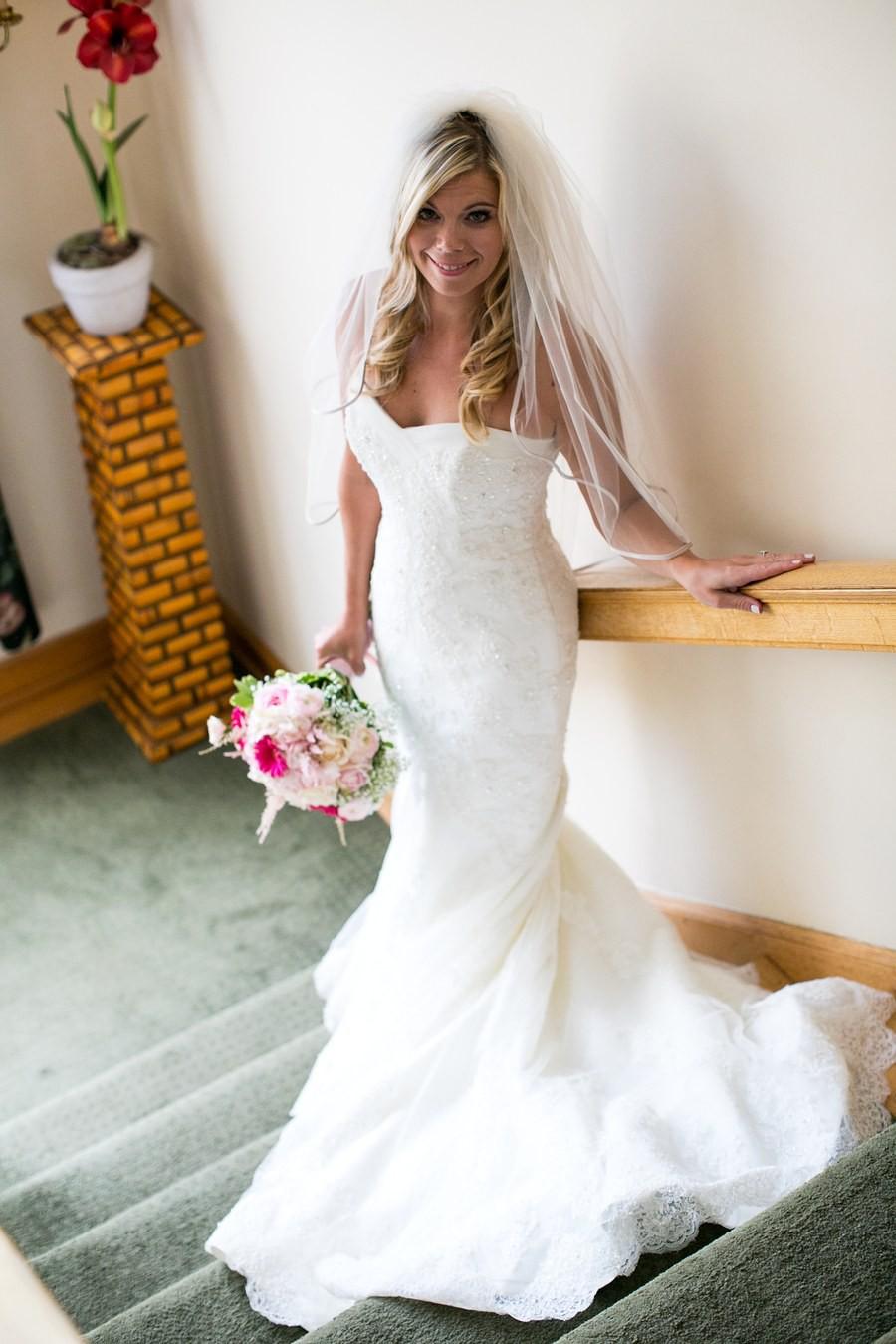 Ellis bridal 11330 second hand wedding dress on sale 55 off for Second hand wedding dresses san diego