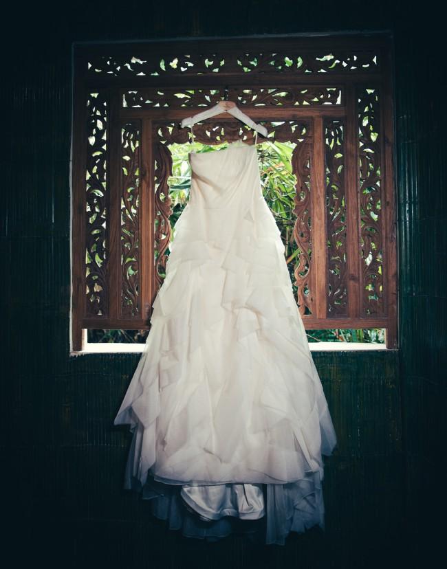 Vera wang deidre second hand wedding dress on sale 78 off for Second hand vera wang wedding dress