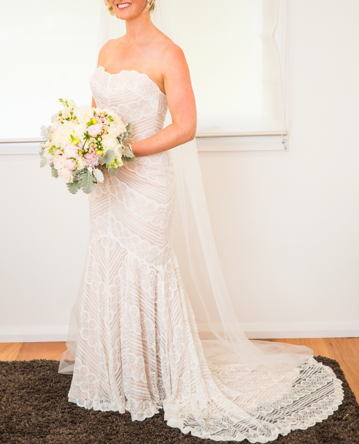 Wtoo pippin 13111 second hand wedding dress on sale for Second hand wedding dresses san diego
