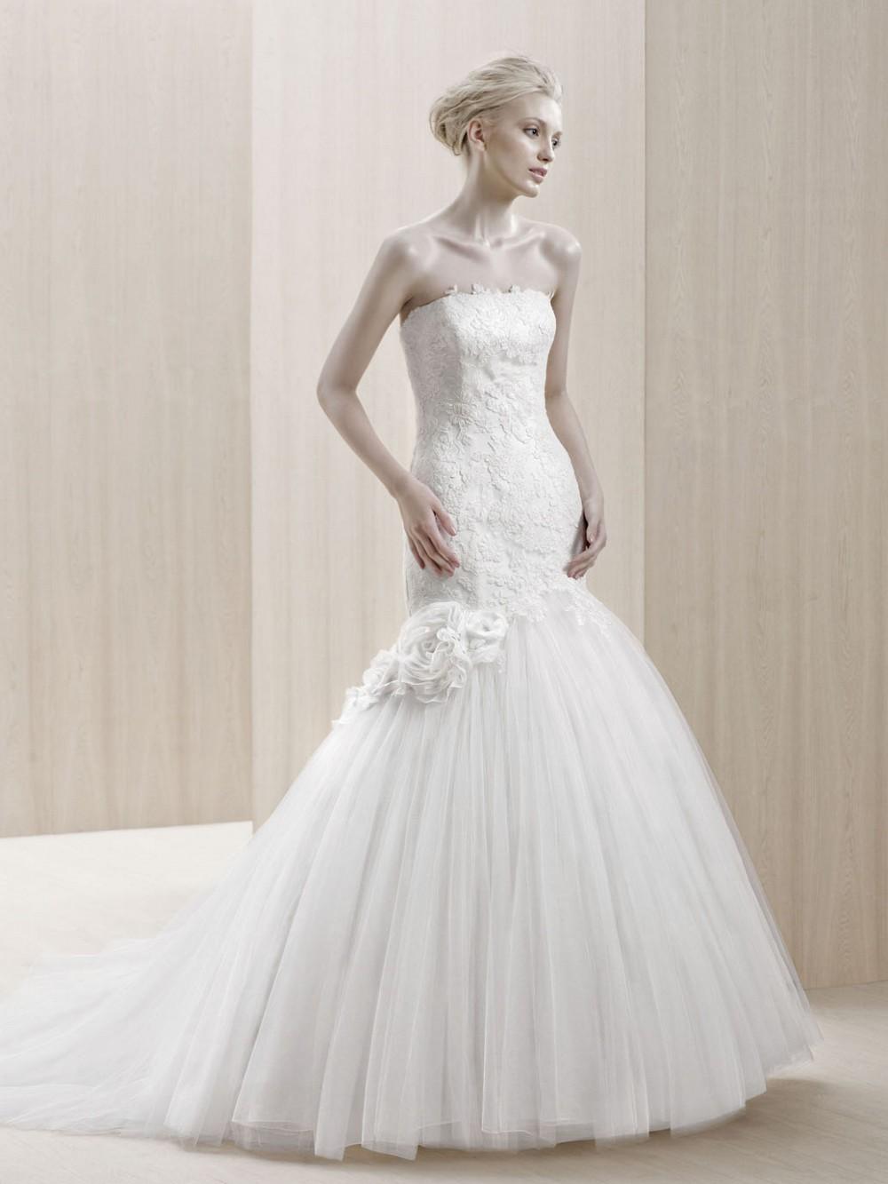 Enzoani blue emporia second hand wedding dress on sale 41 for Second hand wedding dresses for sale