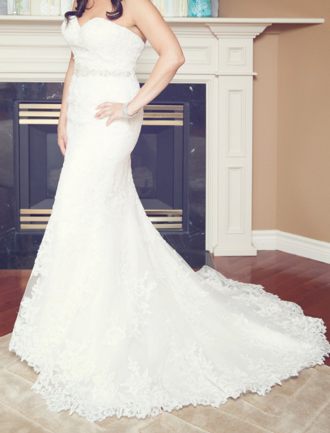Jacquelin Exclusive 18949 PreOwned Wedding Dress on Sale 51% Off