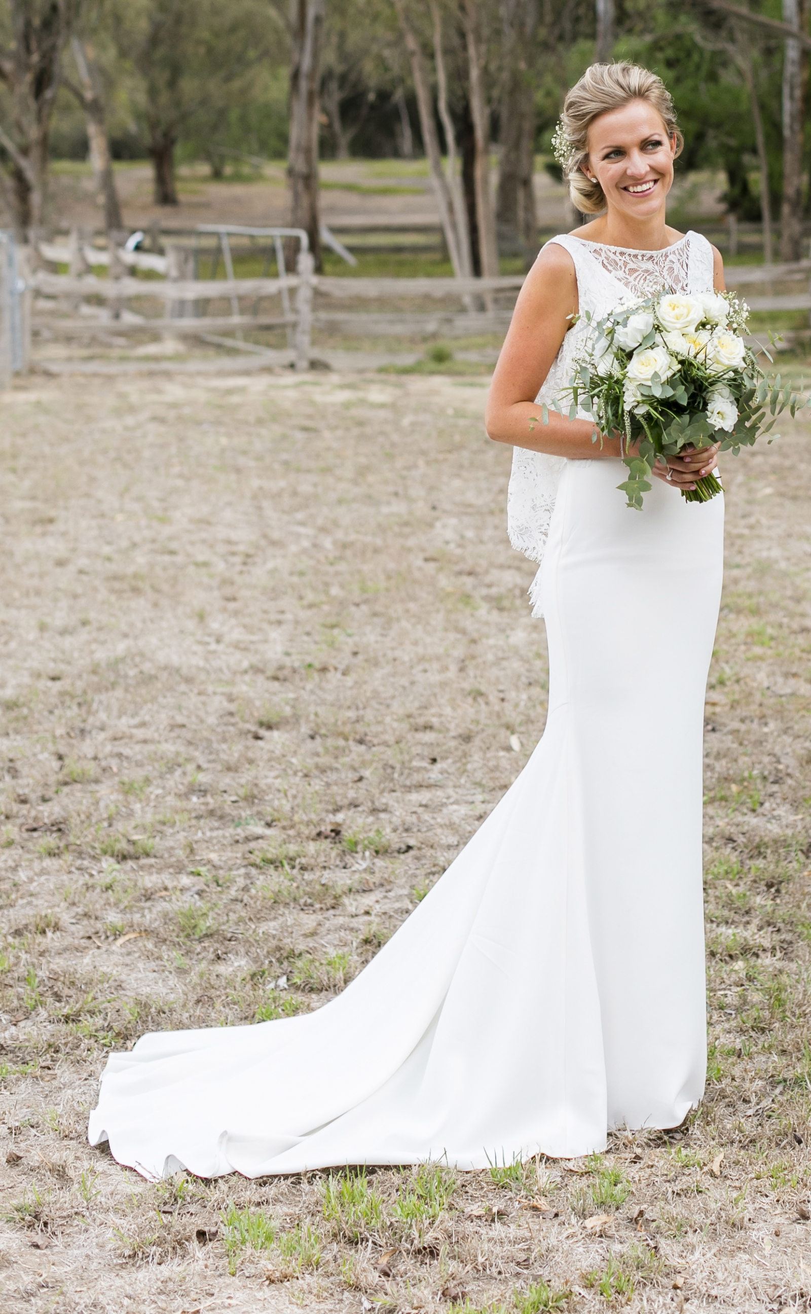 Theia couture natalia used wedding dress on sale 41 off junglespirit Image collections