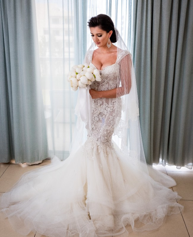 Leah da gloria second hand wedding dress on sale 80 off for Leah da gloria wedding dress cost
