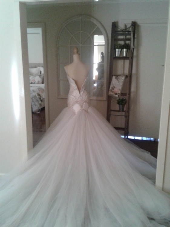 Jaton Wedding Dress On Sale 45 Off