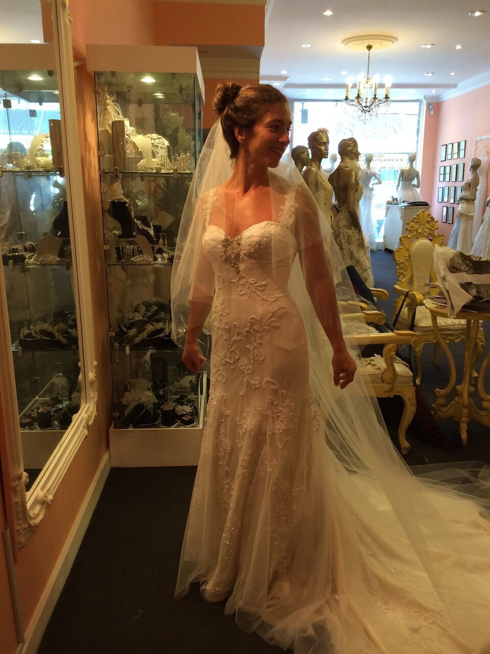 Lora eliss cleo second hand wedding dress on sale 56 off for Second hand wedding dresses san diego