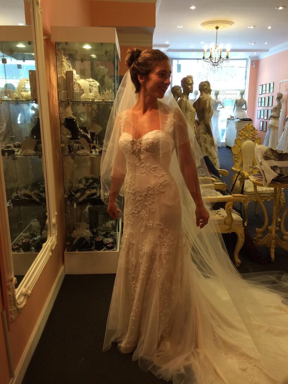 Lora eliss cleo second hand wedding dress on sale 56 off for Second hand wedding dresses san diego