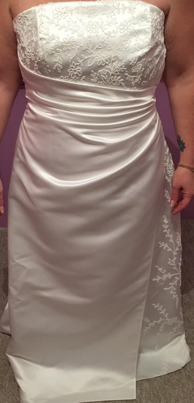 Mr k wedding dress on sale 88 off mr k size 14 wedding dress ombrellifo Gallery