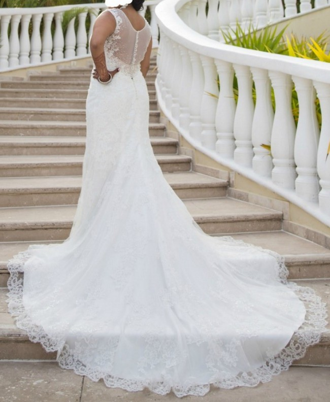 Cost Of Sophia Tolli Wedding Gowns: Leigh Preowned Wedding Dress On Sale