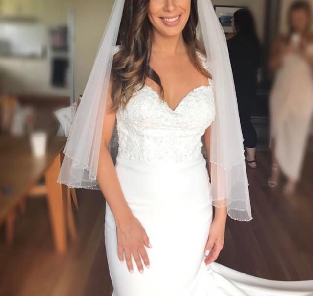 Lu Elle Bridal Blaze 2 Used Wedding Dress on Sale 47% Off ...