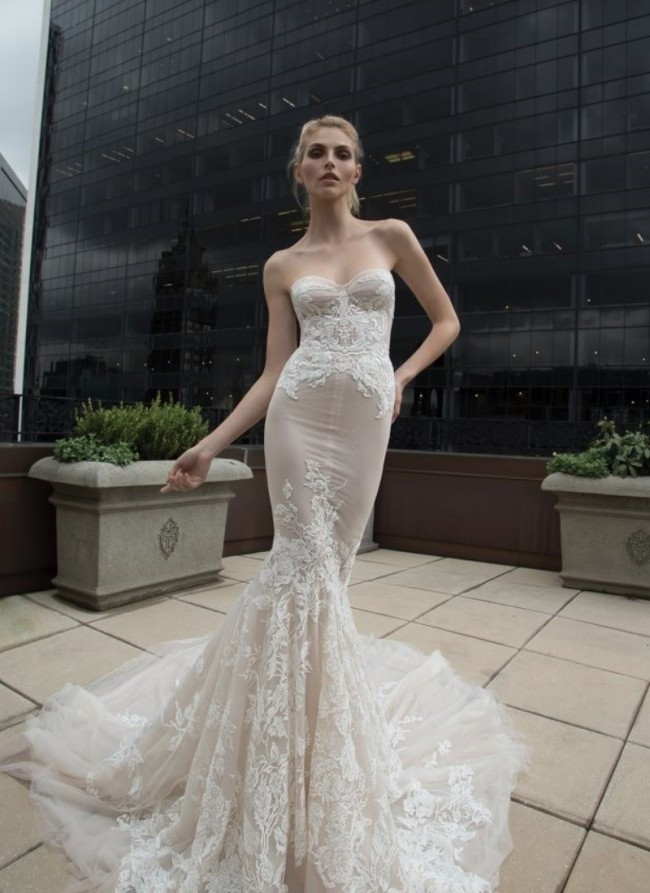 Inbal Dror BR-16-17 - Second Hand Wedding Dresses - Stillwhite