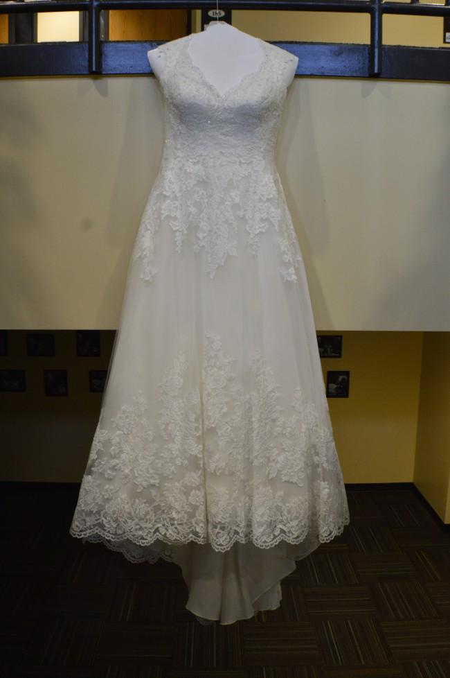 David S Bridal Wg3850 Second Hand Wedding Dress On Sale 53 Off