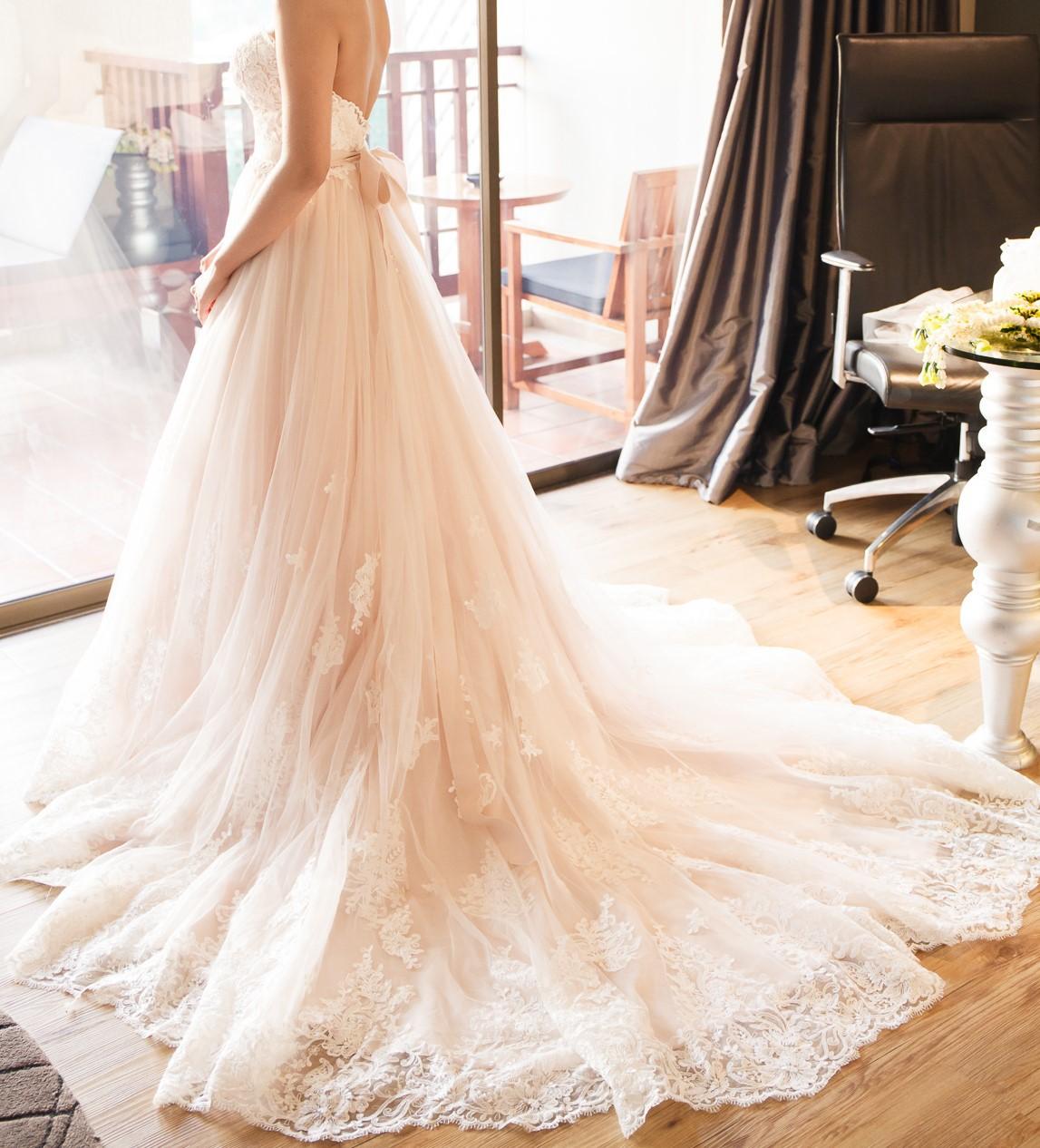 Essense of australia d1751 used wedding dresses stillwhite for Essense of australia strapless long wedding dresses