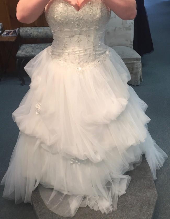 Alfred Angelo Belle 243 New Wedding Dress On Sale 47 Off Stillwhite