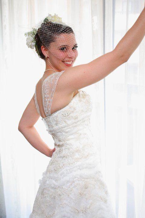 Oleg Cassini Second Hand Wedding Dress On Sale
