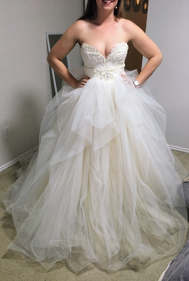Ersa atelier mysterious marie pre owned wedding dress on sale 73 off ersa atelier mysterious marie junglespirit Gallery