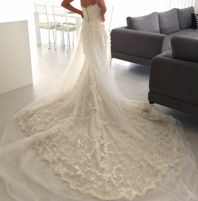 Steven khalil custom size 8 preowned wedding dress on sale for Steven khalil wedding dresses cost