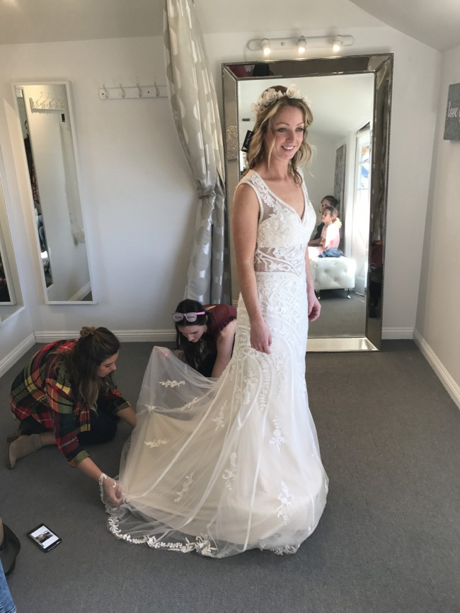 Jacquelin Exclusive 19058 New Wedding Dress on Sale 32% Off